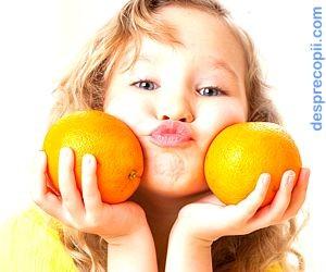 Mos Nicolae si portocalele pe care le aduce el ...