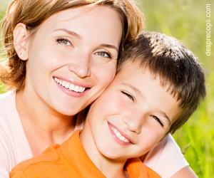 Cum ne laudam copilul; ce trebuie sa stii si ce trebuie sa NU faci