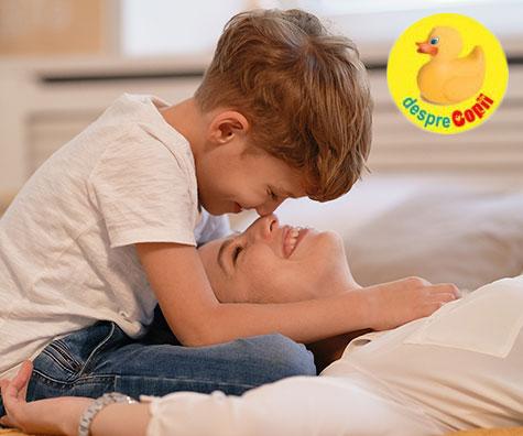 Ce inseamna sa iti iubesti copilul neconditionat: 5 beneficii pentru copil