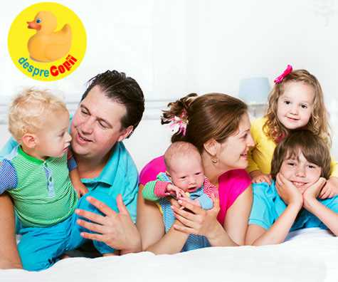 Parinti norocosi sau fericiti: despre cati copii te fac fericit si despre haosul zilnic