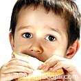 De ce este alimentatia copilului nostru atat de nesanatoasa?