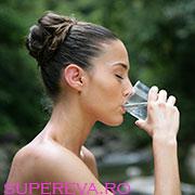 Simptome ale deshidratarii - Bei suficienta apa?