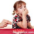 Copiii sunt afectati de fumatul pasiv