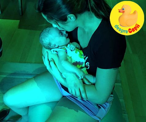 O mamica ne impartaseste un truc genial de adormire si calmare a bebelusului
