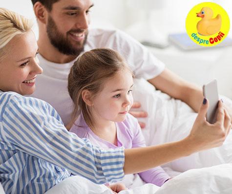 Evita sa postezi online aceste 5 tipuri de fotografii ale copiilor