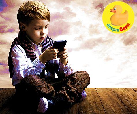 Primul telefon mobil al copilului: cand, de ce ce si reguli pe care trebuie sa le stie parintii