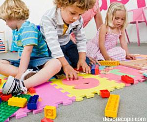Covorasele de tip puzzle sunt periculoase pentru sanatatea copiilor