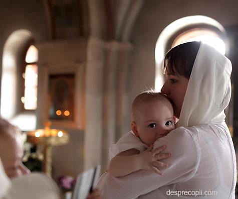 Rolul nasilor de botez, obiceiuri la biserica, si in viata copilului
