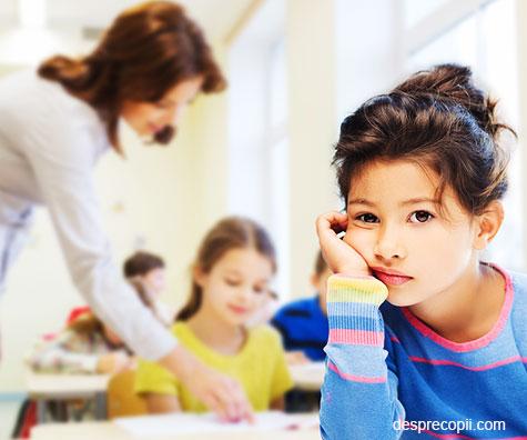 10 metode prin care copilul tau va percepe pozitiv experienta unei scoli noi