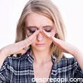 Ce cauzeaza spasmele oculare?