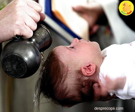 Botezul copilului: traditii si obiceiuri ortodoxe